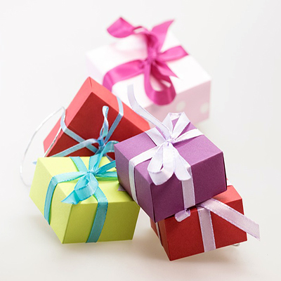 Gifting and Incentives